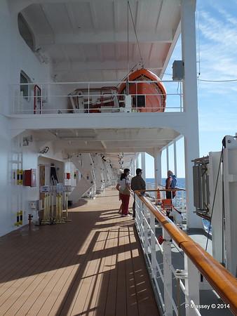 Port Promenade MSC SINFONIA PDM 06-04-2014 08-31-27