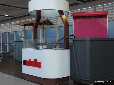 Nutella Stand Deck 11 by Pools MSC SINFONIA PDM 06-04-2014 05-16-48