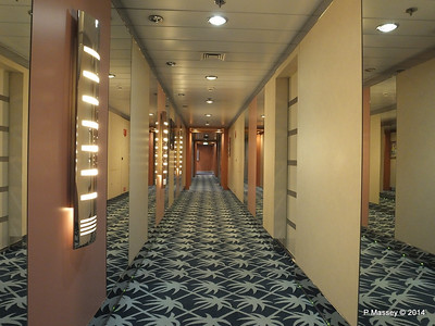 MSC AUREA Spa Port Hallway MSC SINFONIA PDM 06-04-2014 05-22-20