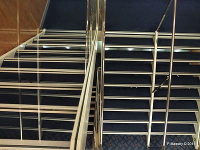 Stairwell Deck 12 fwd MSC SINFONIA PDM 07-04-2014 05-41-07