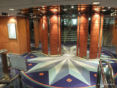 Lift Lobby Stairwell Deck 8 Fwd MSC SINFONIA PDM 06-04-2014 05-25-12