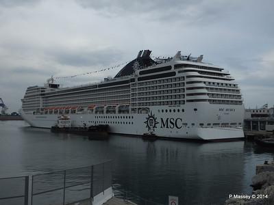MSC MUSICA Ponte Andrea Doria Genoa PDM 05-04-2014 07-52-44