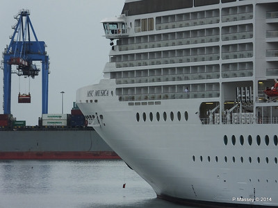 MSC MUSICA Ponte Andrea Doria Genoa PDM 05-04-2014 07-50-23