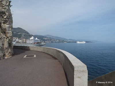 SEVEN SEAS MARINER MSC SINFONIA Monaco 07-04-2014 13-12-50