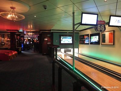 O'Sheehan's Bar Games Area NORWEGIAN GETAWAY PDM 14-01-2014 22-48-28
