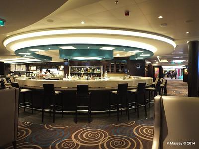 Atrium Bar NORWEGIAN GETAWAY PDM 15-01-2014 07-24-13