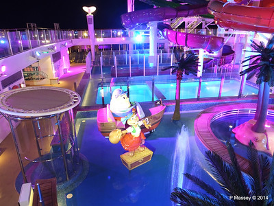 Kid's Aqua Park at Night NORWEGIAN GETAWAY PDM 13-01-2014 18-27-46
