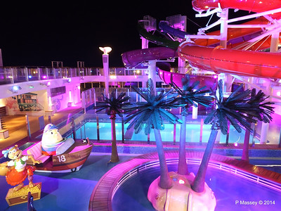 Kid's Aqua Park at Night NORWEGIAN GETAWAY PDM 13-01-2014 18-27-19
