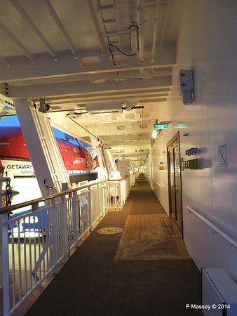 NORWEGIAN GETAWAY Starboard Promenade PDM 15-01-2014 07-46-27