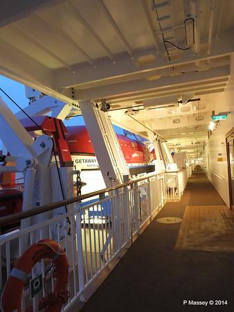 NORWEGIAN GETAWAY Starboard Promenade PDM 15-01-2014 07-46-30