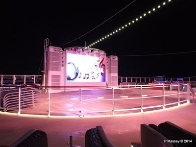 Spice H2O at Night NORWEGIAN GETAWAY PDM 13-01-2014 18-22-06