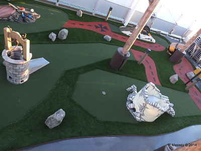Mini Golf NORWEGIAN GETAWAY PDM 14-01-2014 08-26-56