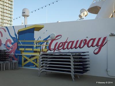 Sun Deck 17 port NORWEGIAN GETAWAY PDM 13-01-2014 14-47-25