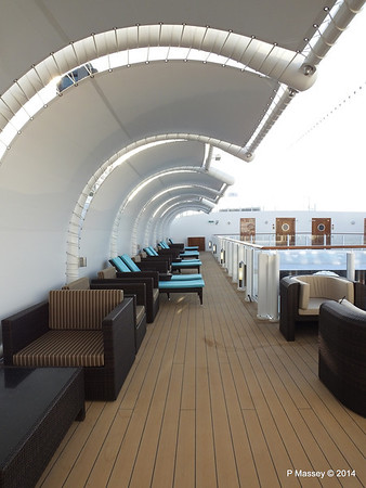 The Haven Sun Deck surrounding Courtyard NORWEGIAN GETAWAY PDM 13-01-2014 14-35-30