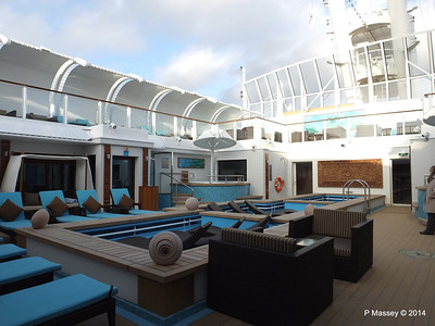 The Haven Courtyard NORWEGIAN GETAWAY PDM 13-01-2014 14-25-02