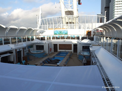 The Haven Courtyard NORWEGIAN GETAWAY PDM 13-01-2014 14-36-41