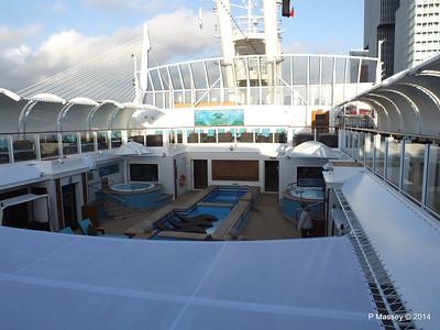 The Haven Courtyard NORWEGIAN GETAWAY PDM 13-01-2014 14-36-41