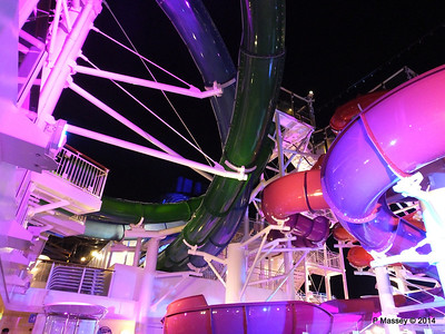 Whip & Freefall Waterslides NORWEGIAN GETAWAY PDM 13-01-2014 18-11-22