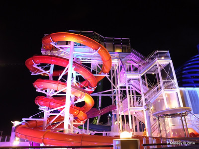 Whip & Freefall Waterslides NORWEGIAN GETAWAY PDM 13-01-2014 18-26-15