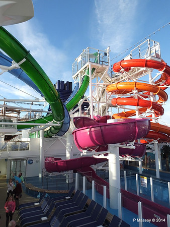 Market Place to Whip & Freefall Waterslides NORWEGIAN GETAWAY PDM 14-01-2014 14-59-09