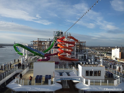 Market Place to Whip & Freefall Waterslides NORWEGIAN GETAWAY PDM 14-01-2014 14-54-21