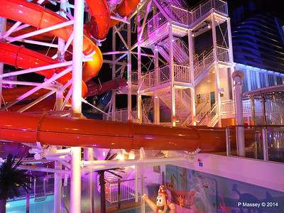 Whip & Freefall Waterslides NORWEGIAN GETAWAY PDM 13-01-2014 18-26-45