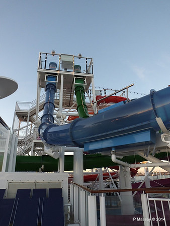 Whip & Freefall Waterslides NORWEGIAN GETAWAY PDM 14-01-2014 08-23-13