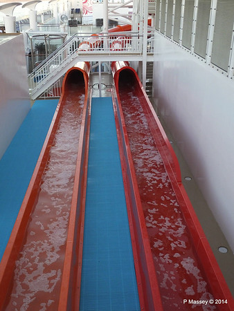 Whip Waterslide Catchers NORWEGIAN GETAWAY PDM 14-01-2014 08-32-41