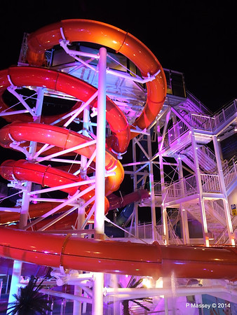 Whip & Freefall Waterslides NORWEGIAN GETAWAY PDM 13-01-2014 18-27-01