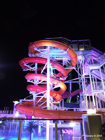 Whip & Freefall Waterslides NORWEGIAN GETAWAY PDM 13-01-2014 18-25-59
