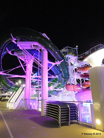 Whip & Freefall Waterslides NORWEGIAN GETAWAY PDM 13-01-2014 18-30-25