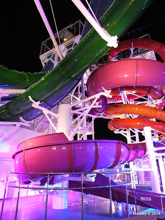 Whip & Freefall Waterslides NORWEGIAN GETAWAY PDM 13-01-2014 18-11-43