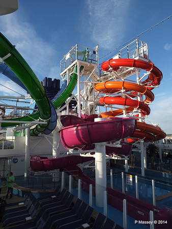 Market Place to Whip & Freefall Waterslides NORWEGIAN GETAWAY PDM 14-01-2014 14-59-19