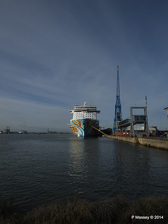 NORWEGIAN GETAWAY Southampton PDM 14-01-2014 11-59-50
