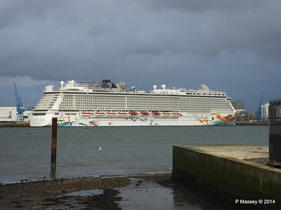 NORWEGIAN GETAWAY Southampton PDM 16-01-2014 15-32-00