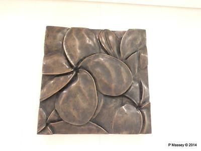Mandara Spa Hallway Decoration NORWEGIAN GETAWAY PDM 13-01-2014 14-21-17