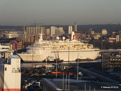 BLACK WATCH at Ocean Terminal Southampton PDM 14-01-2014 08-39-02