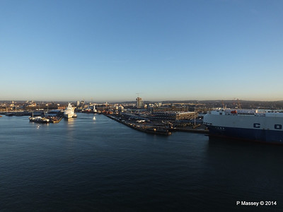 BLACK WATCH at Ocean Terminal Southampton PDM 14-01-2014 08-43-32