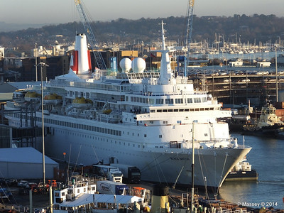 BLACK WATCH at Ocean Terminal Southampton PDM 14-01-2014 08-45-00