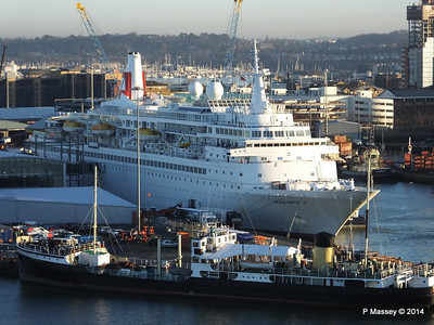 BLACK WATCH at Ocean Terminal ss SHIELDHALL PDM 14-01-2014 08-45-17