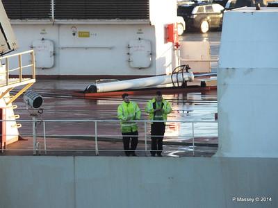 COSCO TENGFEI Crew Southampton PDM 14-01-2014 08-42-36
