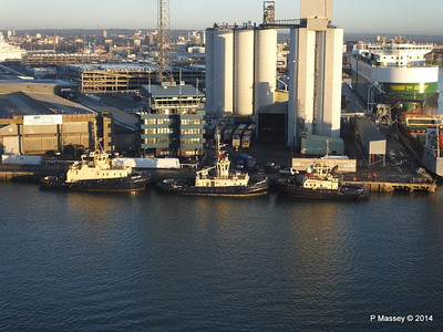 SVITZER SURREY SARAH FERRIBY Dockhead PDM 14-01-2014 08-38-41