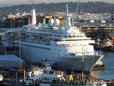 BLACK WATCH at Ocean Terminal Southampton PDM 14-01-2014 08-45-03