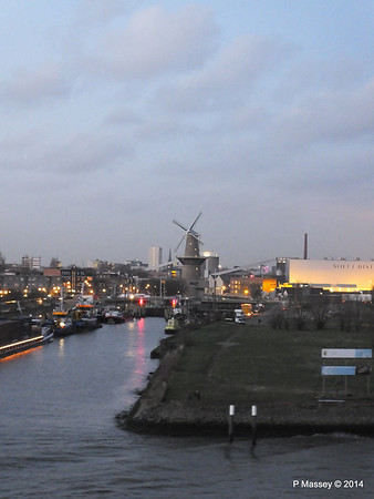Rotterdam from NORWEGIAN GETAWAY as we depart PDM 13-01-2014 16-27-03