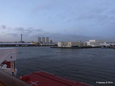 Rotterdam from NORWEGIAN GETAWAY as we depart PDM 13-01-2014 16-17-16