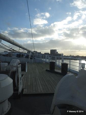 ss ROTTERDAM Bow from Atlantic Promenade PDM 13-01-2014 09-28-05