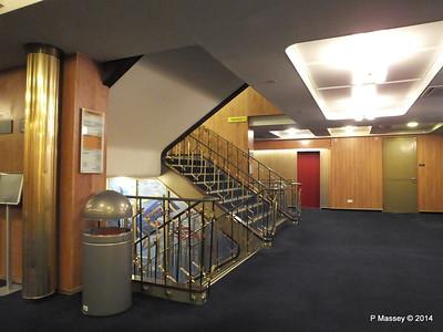 ss ROTTERDAM Promenade Deck Central Hallway PDM 13-01-2014 07-55-21