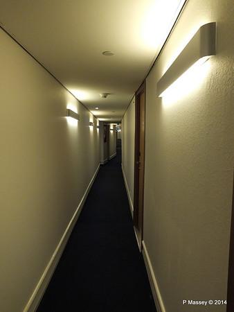 A Deck Hallway ss ROTTERDAM PDM 12-01-2014 21-16-29