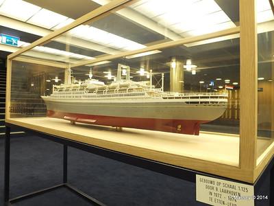 ss ROTTERDAM Model Main Lobby PDM 12-01-2014 21-23-07