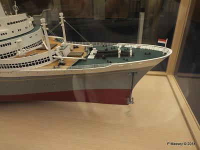 ss ROTTERDAM Model Main Lobby PDM 12-01-2014 21-56-11